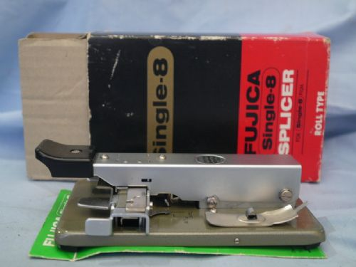 * BOXED * Fujica Single 8 Splicer £9.99